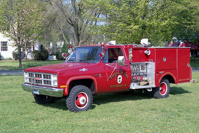 RICHMOND BUREAU OF FIRE  ATTACK 14  1984  GMC SIERRA 4X4 - GRUMMAN   400-250