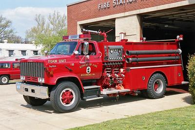 RICHMOND BUREAU OF FIRE  FOAM TRUCK 8  GMC TOP KICK - NATIONAL FOAM   1250-0-1000F