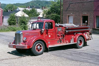 WHEELING FD WV  ENGINE 3  1952  MACK L95   750-300