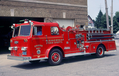 KENOSHA FD WI  ENGINE 3   1964 PIRSCH  1000-500 (2)