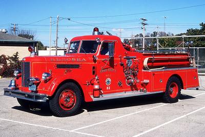 KENOSHA FD WI  ENGINE 2  1962 PIRSCH  1000-   82