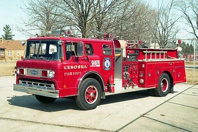 KENOSHA FD WI  ENGINE 8  FORD C - PIRSCH