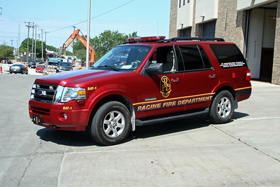 RACINE FD WI  BATTALION 1  2008  FORD EXPEDITION