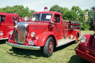RACINE FD WI  ENGINE 62   1948  MACK L95  1000-200