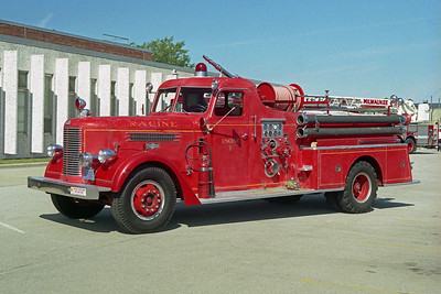 RACINE FD WI  ENGINE 8  1954  PIRSCH   1000-200