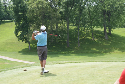 Jesse Hutchins, former Wright State stand-out, hits his tee shot on the par 4 1st hole at Springfield CC. Jesse went on to shoot 30 on the front nine of his afternoon round to earn a spot in the U.S. Open.
