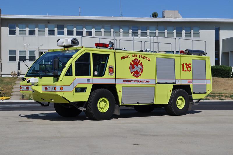 Foam 135<br /> 2002 Rosenbauer Panther 1250/1500/320/500# Halon