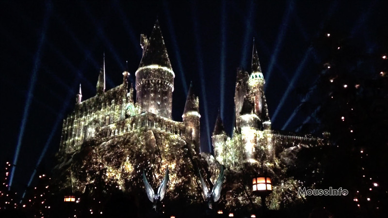 WATCH: Nighttime Lights at Hogwarts Castle