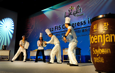 A quartet of entertaining Korean chefs put on a dance and drum show at FIS Congress, High 1 Resort, Kangwonland Hotel, South Korea. (USSA/Tom Kelly)