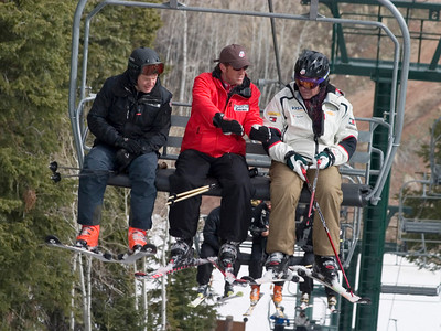 U.S. Ski Team Alpine Director Jesse Hunt (center) gives pointers to participants in the U.S. Ski Team's Ski for Gold High Performance Ski Clinic at Deer Valley Resort, featuring introduction of exclusive vLink technology. (Photo: Tom Kelly)