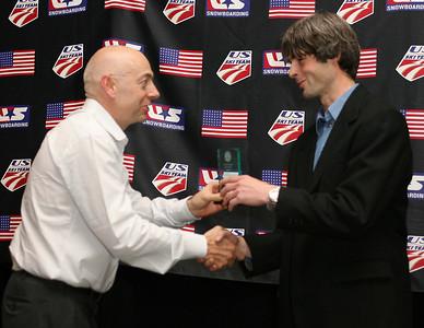 Dexter Paine presents Nate McKenzie, Sugarloaf/CVA with the 2008 Freestyle Club of the Year Award. 2008 USSA Congress Awards Banquet Photo: Scott Sine