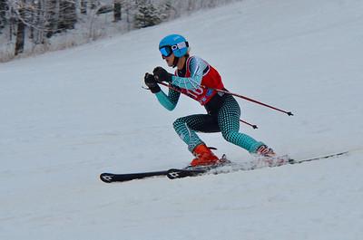 Dec 15 U16 & older Girls GS 1st run-398