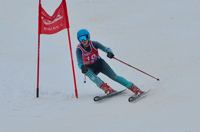 Dec 15 U16 & older Girls GS 1st run-395