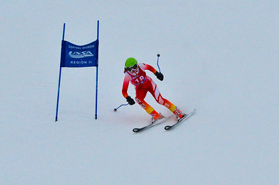 Dec 30 U14 & under Girls  GS 1st run-985