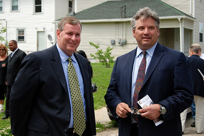 Gregory Ballard, Mayor of Indianapolis with Stuart Peterson, Chairman 2010 Legacy Build Indianapolis 10 05-14   CL