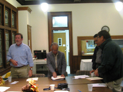 09 10-22  Glen Barton (right) begins training to help board members establish their Fuller Center covenant partner. bb