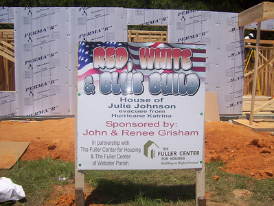 08 07-16 Webster Parish, LA - Julie Johnson's house sponsored by John & Renee Grisham at Red, White & Blue Build. bb