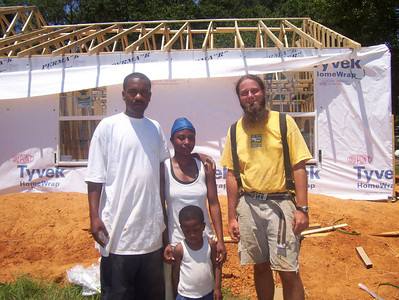 08 07-16 Webster Parish,LA - House Leader Joel Fortgang with future homeowners Gretchen, Kevin & Kevin, Jr. in front yard during Red, White & Blue Build. bb