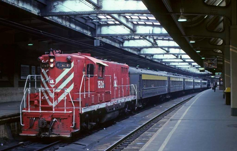 Central RR of New Jersey GP7 1526 stands at Newark NJ on 10 July 1978 with a Transport of New Jersey push-pull suburban service.  (Photo by Les Tindall.)