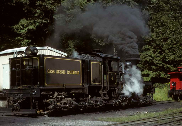 Cass Scenic Shay No 4, Cass, West Virginia, August 1979.  Three-truck Shay 3189 / 1922.  Photo by Les Tindall.