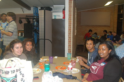 Thankgiving Supper 023