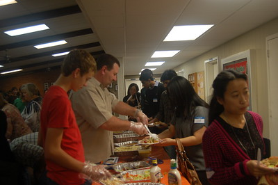 Thankgiving Supper 017