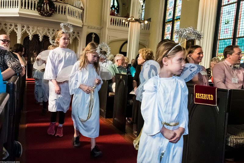 UU Childrens Christmas Pagent 2016-131