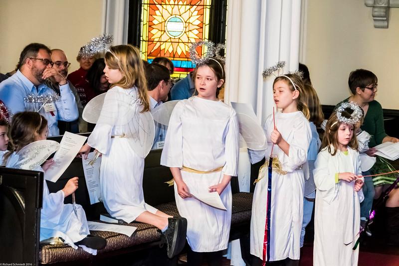 UU Childrens Christmas Pagent 2016-157