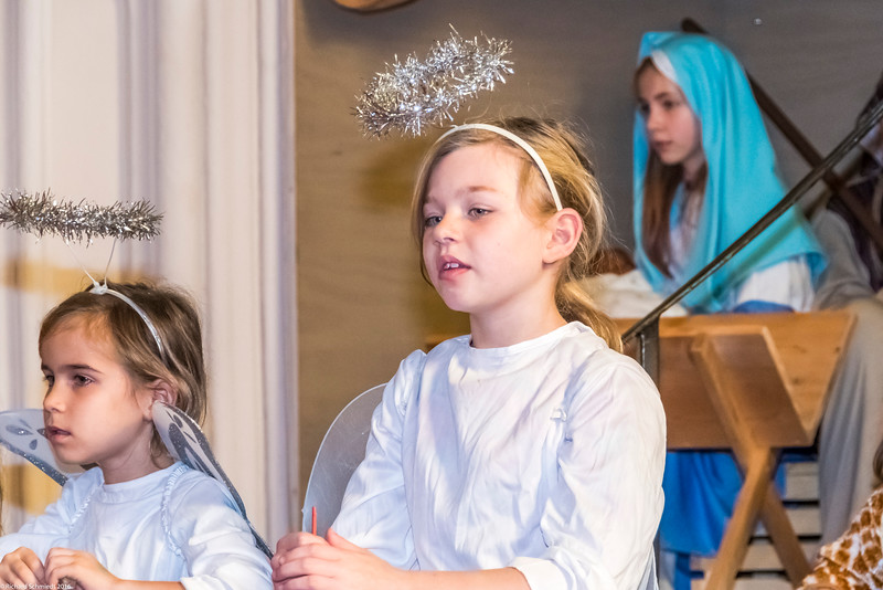 UU Childrens Christmas Pagent 2016-183