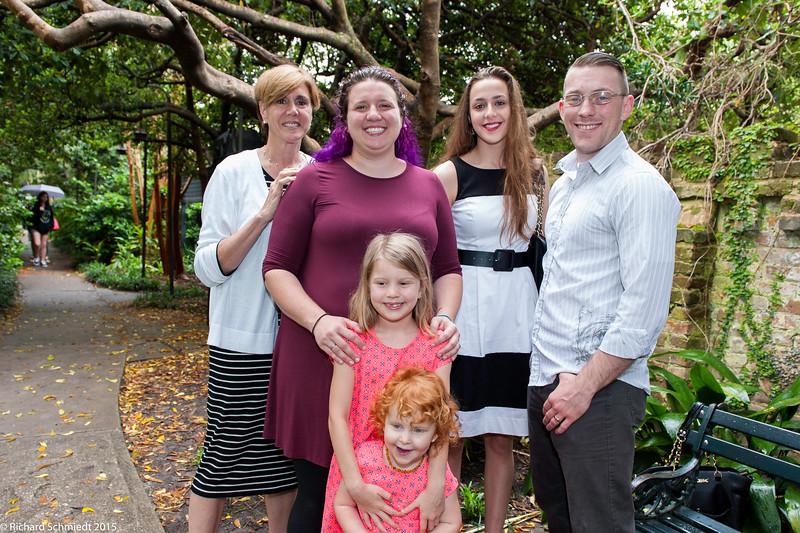 UU Easter Family Portraits-105
