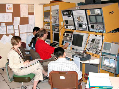 Beam Instrumentation Lab class at the SRC