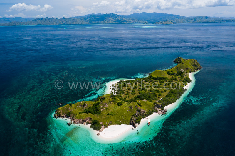 Mawan Island @ Komodo, Indonesia