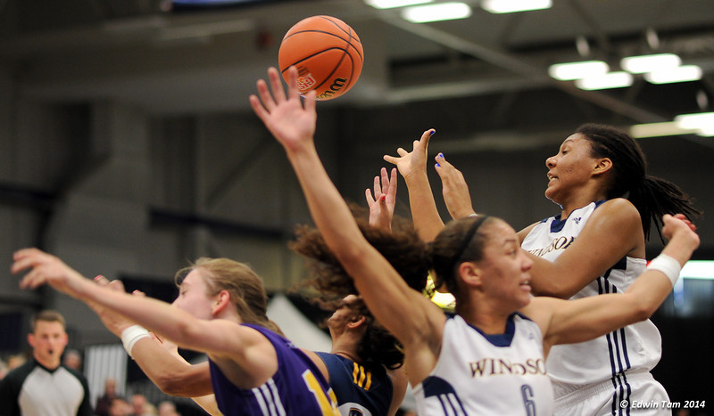 Game 3 of the 2014 CIS Women's Basketball Championships held at the University of Windsor, Windsor, Ontario, Canada. Game 3 - Windsor Lancers versus the Laurier GoldenHawks on March 14, 2014. The Lancers won 81 to 53.