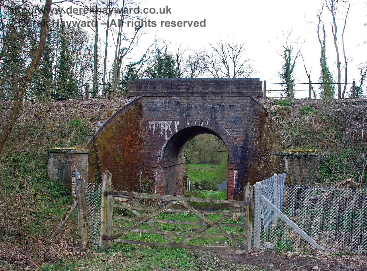 A public footpath runs south from Cowden parallel to the line, and passes under the line through this old cattle creep, originally provided to allow animals under the line. This view looks west. 09.04.2008