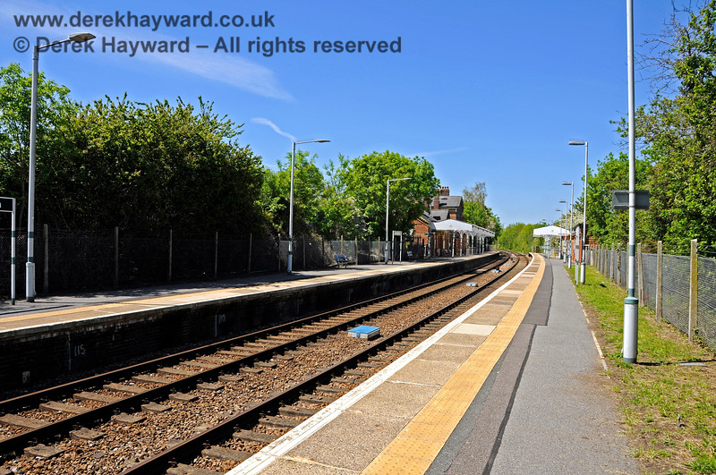 Looking north at Edenbridge Town station from the southern end of the original southbound platform. 30.05.2021 20748