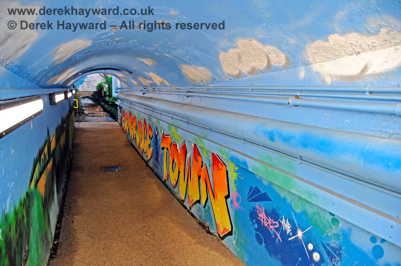 The subway at Edenbridge Town station has been painted by a number of artists.  30.05.2021 20741