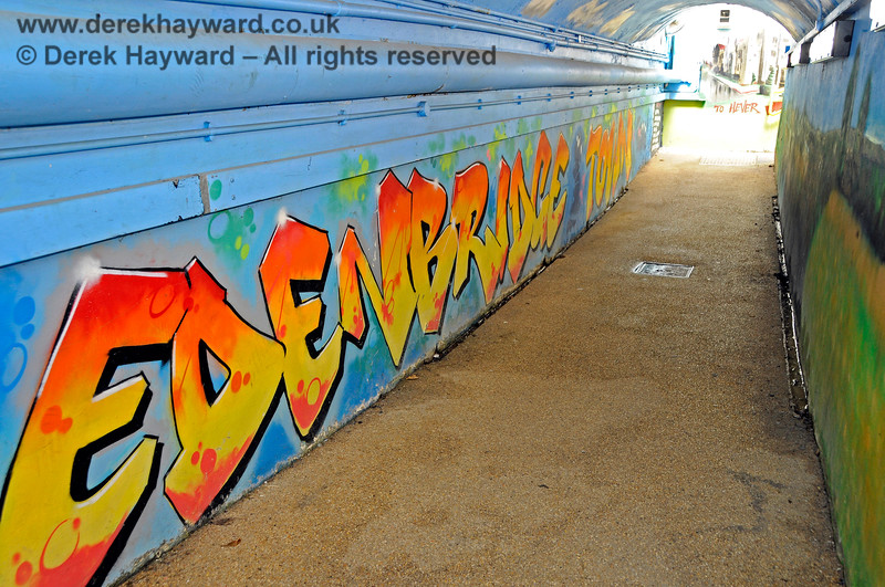 The subway at Edenbridge Town station has been painted by a number of artists.  30.05.2021 20753