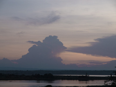 Sunset over the Nile (near Murchison NP).