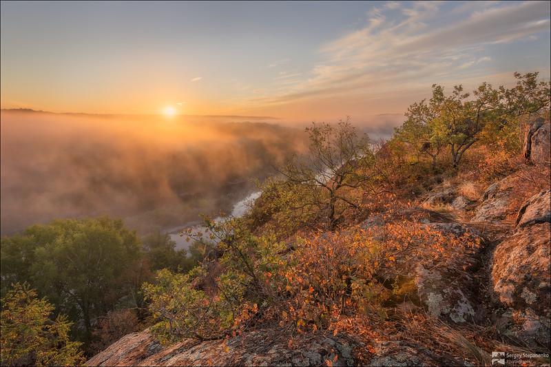 Morning on Thunder Rocks | Утро на Громовых скалах