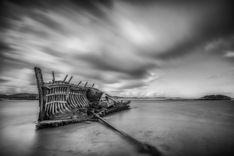 The ribs of ruin, Derrybeg