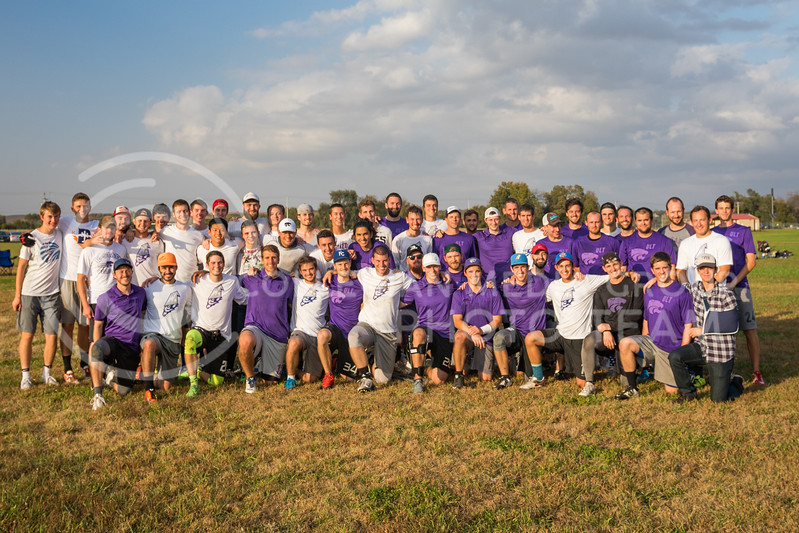 K-State Wizards ultimate frisbee club and K-State Alumni team pose for a group photo after their game in The Manhattan Project tournament in Manhattan, Kansas on Oct. 15, 2016. (John Benfer | Royal Purple)