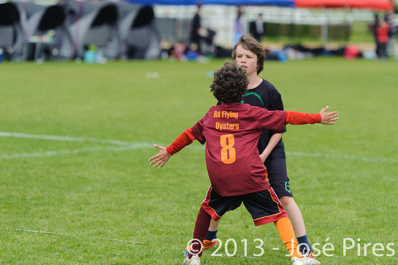 Coupe Junior 2013, Sablé sur Sarthe, France.<br /> U14. RFO (La Flotte en Ré)   vs Frisbeurs Nantais (Nantes)<br /> PhotoID : 2013-05-11-0002
