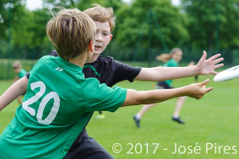 Coupe de France Junior 2017, Saint Sébastien sur Loire, France.<br /> U13. Frisbeurs vs Snap Tchac<br /> PhotoID : 2017-05-13-0034