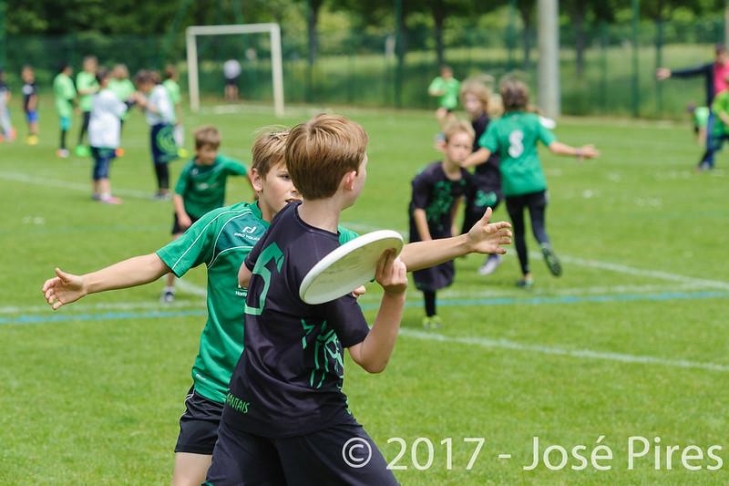 Coupe de France Junior 2017, Saint Sébastien sur Loire, France.<br /> U13. Frisbeurs vs Snap Tchac<br /> PhotoID : 2017-05-13-0018