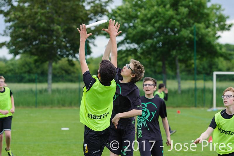 Coupe de France Junior 2017, Saint Sébastien sur Loire, France.<br /> U15. Frisbeurs vs Nuntchac'U<br /> PhotoID : 2017-05-13-0132