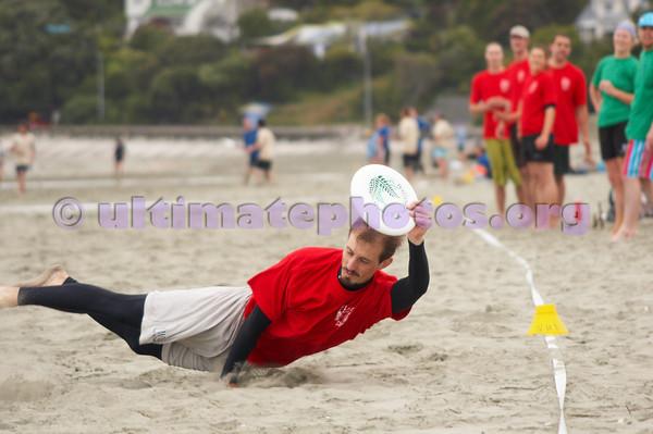 Flat Out - Nelson Beach - 2008