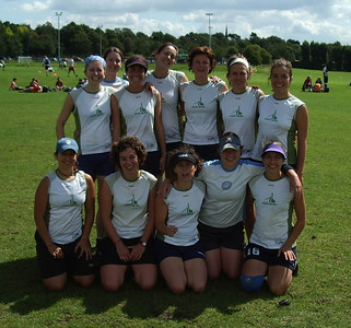 Nice Bristols -- runners up at 2004 UK National Ultimate Championship.