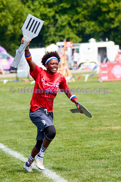 Anraya Palmer, #9 Ozone (USA Women's) with sideline cutlery against CUSB SHOUT (Italy Women's) during pool play. 2018 World Ultimate Club Championships, Lebanon Sport Complex -- 15 July 2018