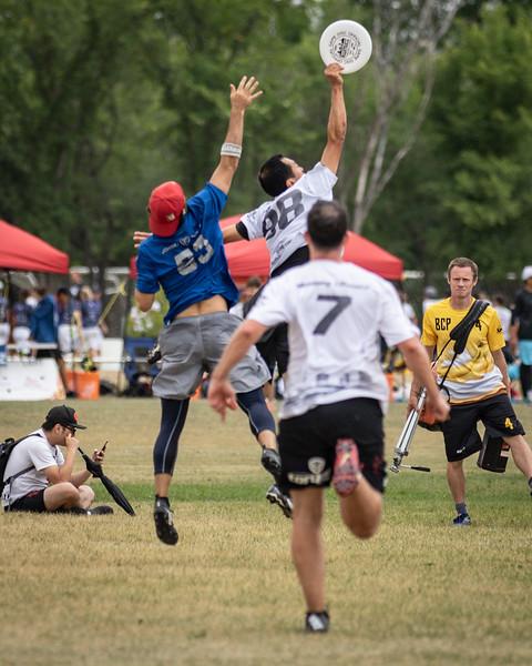 Winnipeg, Canada: Masters Men, Johnny Encore vs Torque at WMUCC. July 31, 2018.© 2018 Robert Engelbrecht. All rights reserved