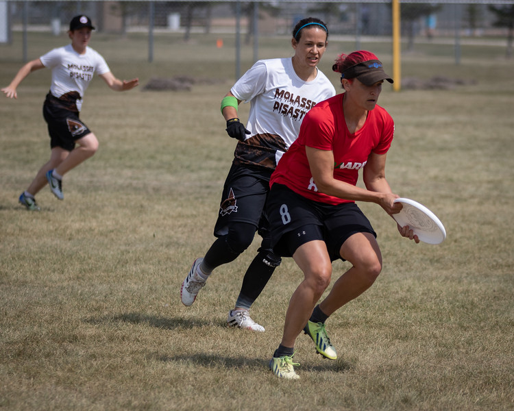 Winnipeg, Canada: Masters Mixed, Molasses Disaster vs UPAARP at WMUCC. Aug 2, 2018.© 2018 Robert Engelbrecht. All rights reserved